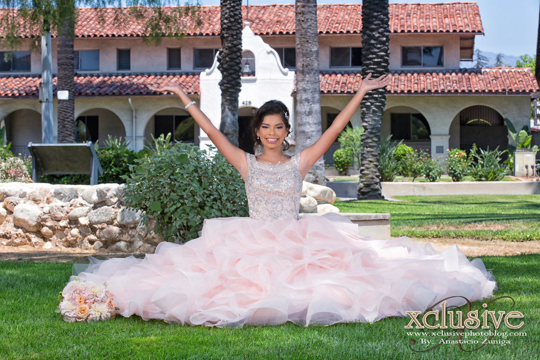 Wedding and Quinceanera photographer in los angeles,san Gabriel Valley,: Stephanie Bermudez Quinceanera evento favoritas &emdash; Stephanie Bermudez Quinceanera photography in Baldwin Park, La Puente, Covina, El Monte, Monrovia, Azusa, San Dimas, West Covina.