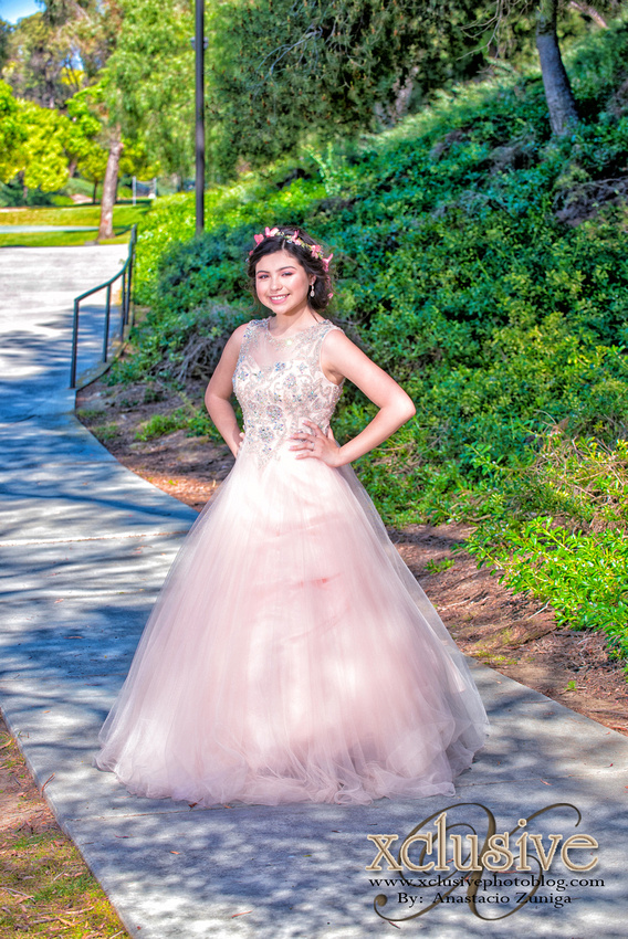 Wedding and Quinceanera photographer in los angeles,san Gabriel Valley,: Belen 15 Pictures Quinceanera profesional photographer in West Covina, Chino Hills, Ontario, Walnut &emdash; Belem-102