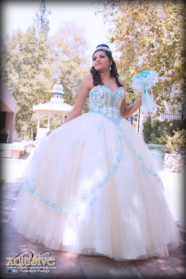 Wedding and Quinceanera photographer in los angeles,san Gabriel Valley,: Victoria Evento Favoritas, Quinceanera professional photographer in Baldwin Park, La Puente, Covina, &emdash; Victoria-412