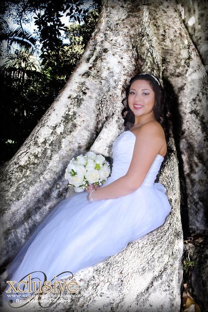 Wedding and Quinceanera photographer in los angeles,san Gabriel Valley,: Mariah Evento Favoritas beautiful quinceanera pictures &emdash; Mariah-459