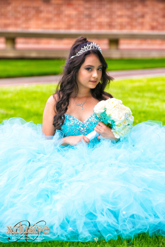 Wedding and Quinceanera photographer in los angeles,san Gabriel Valley,: Brenda Quince Evento favoritas Quinceanera professional photographer in Azusa, Covina, San Dimas, La Puente &emdash; Brenda-166