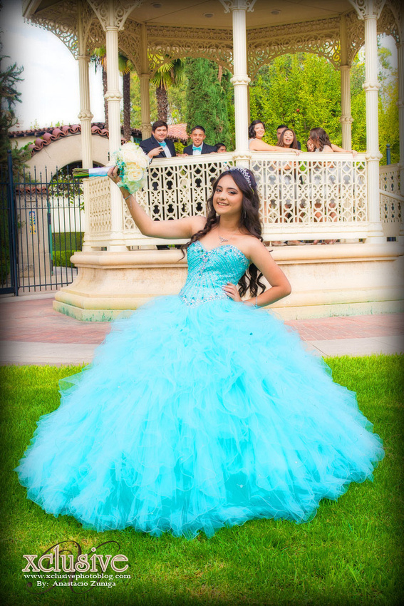 Wedding and Quinceanera photographer in los angeles,san Gabriel Valley,: Brenda Quince Evento favoritas Quinceanera professional photographer in Azusa, Covina, San Dimas, La Puente &emdash; Brenda-240
