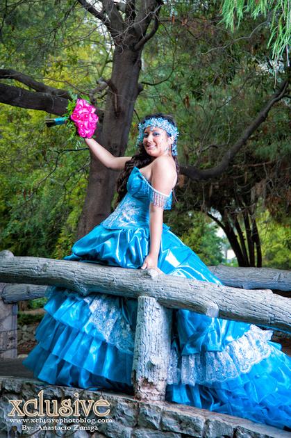 Wedding and Quinceanera photographer in los angeles,san Gabriel Valley,: Alma evento favoritas Quincenara professional photography in Los Angeles &emdash; Alma-Xv0425