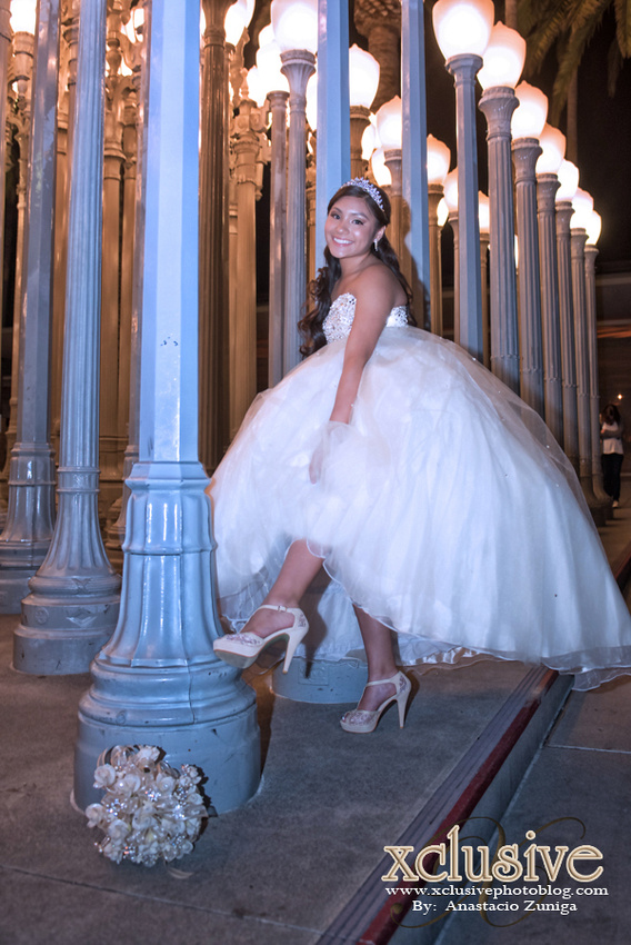 Wedding and Quinceanera photographer in los angeles,san Gabriel Valley,: Christina Previas Favoritas Quinceanera professional photographer in Azusa, Covina, La Puente, &emdash; Chritina-25