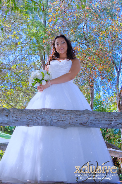 Wedding and Quinceanera photographer in los angeles,san Gabriel Valley,: Mariah Evento Favoritas beautiful quinceanera pictures &emdash; Mariah-289
